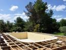 Priprava terena za vgradnjo poliesterskega bazena